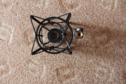 Продаю антивибрационное крепление для студийных микрофонов - Rode PSM1