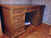 Продается письменный стол