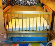 Детская кроватка для ребенка 0-3 лет