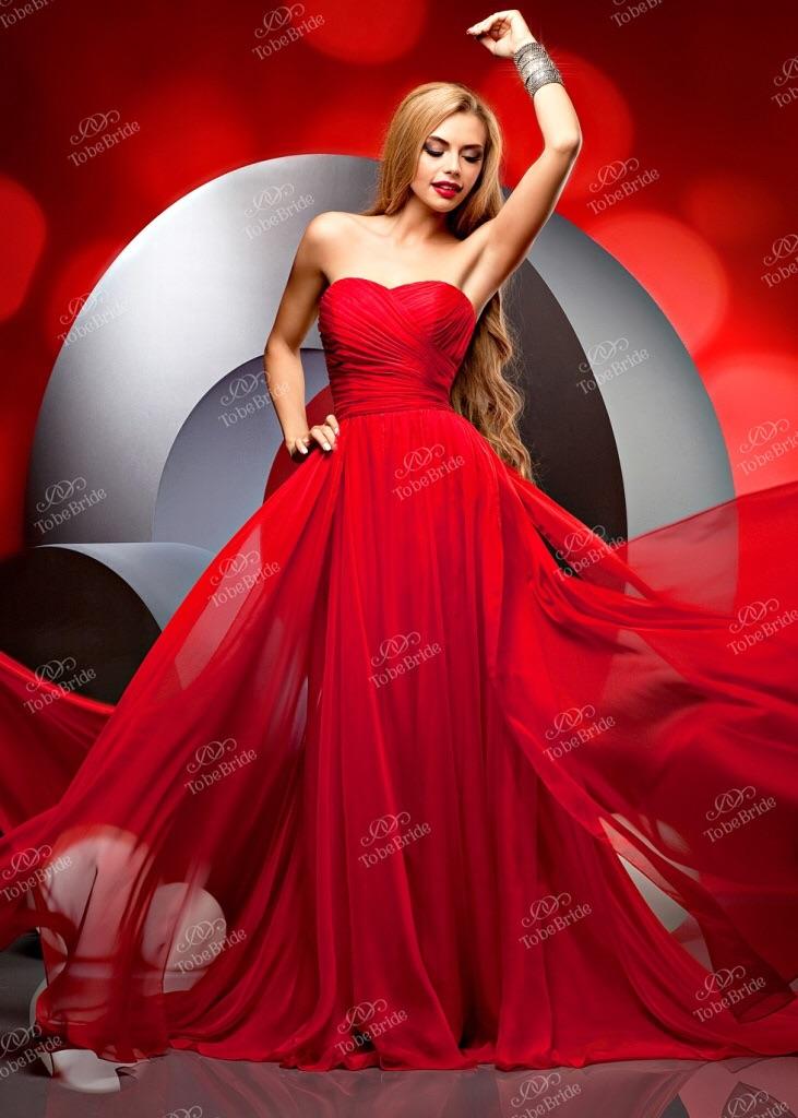 Продаю вечерние платья москва