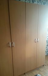 Шкаф Икеа очень хорошего качества. При покупке двух- 4000 рублей.