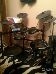Электронные барабаны Alesis DM10 Studio Kit + Кардан