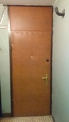 Металлическая входная дверь с дверной коробкой