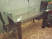 Обеденный стол из стекла и экокожи коричневый с полкой из экокожи