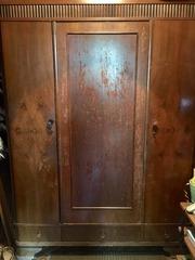 Шкаф для одежды и белья,  50-ые годы (возможно раньше),  красивая вещь!