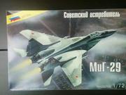 Модель сборная истребитель МиГ-29